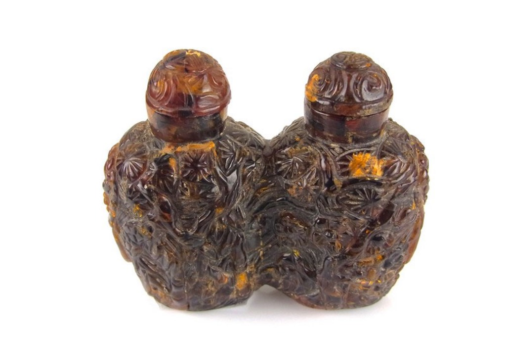 A Brief History of Snuff Bottles -  Image 1